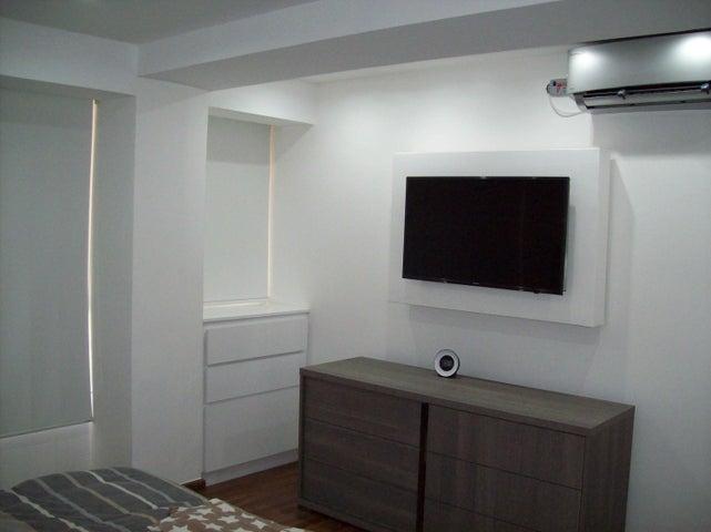 Apartamento En Venta En Caracas - Sebucan Código FLEX: 18-8363 No.9