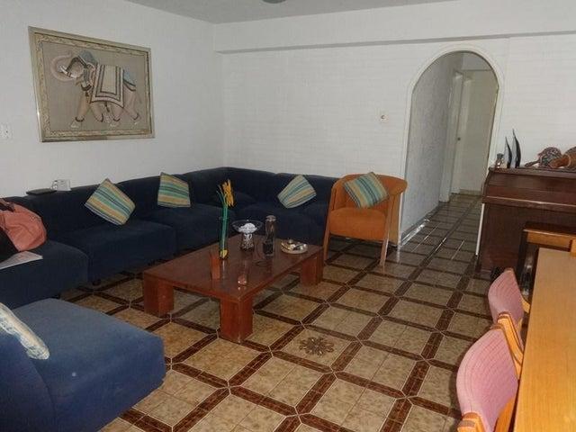 Apartamento En Venta En Caracas - Santa Paula Código FLEX: 18-8685 No.1