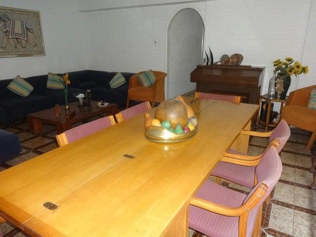 Apartamento En Venta En Caracas - Santa Paula Código FLEX: 18-8685 No.4