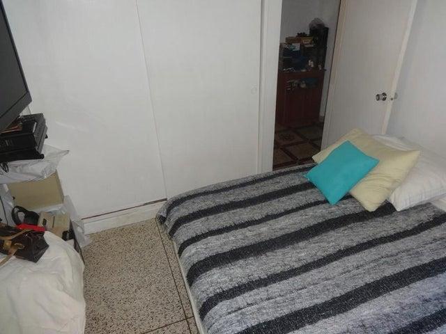 Apartamento En Venta En Caracas - Santa Paula Código FLEX: 18-8685 No.5