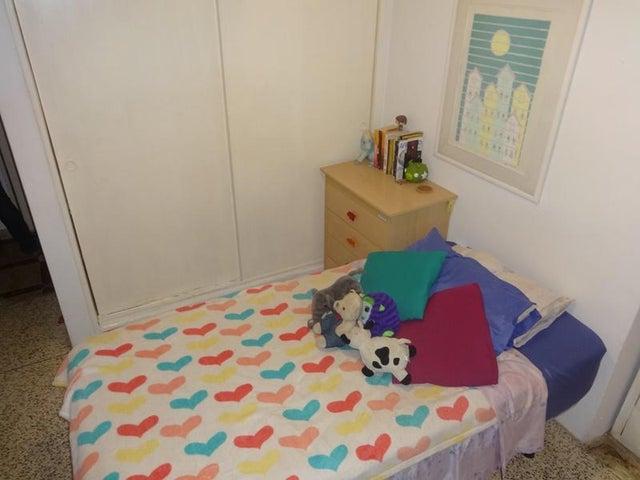 Apartamento En Venta En Caracas - Santa Paula Código FLEX: 18-8685 No.8