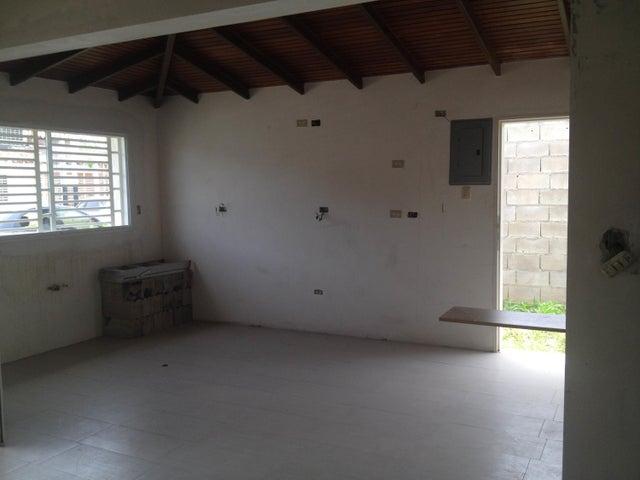 Casa En Venta En Intercomunal Maracay-turmero En La Julia - Código: 18-8918
