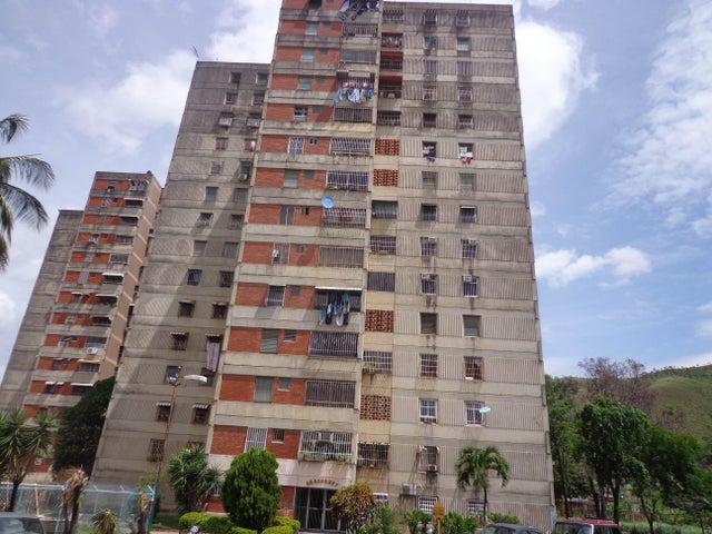 Apartamento En Venta En La Victoria En Las Mercedes - Código: 18-8773