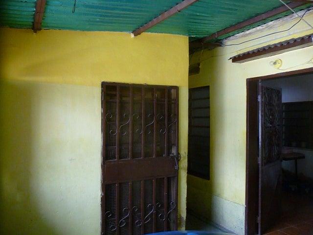 Casa En Venta En Maracay - Santa Rosa Código FLEX: 18-9032 No.5