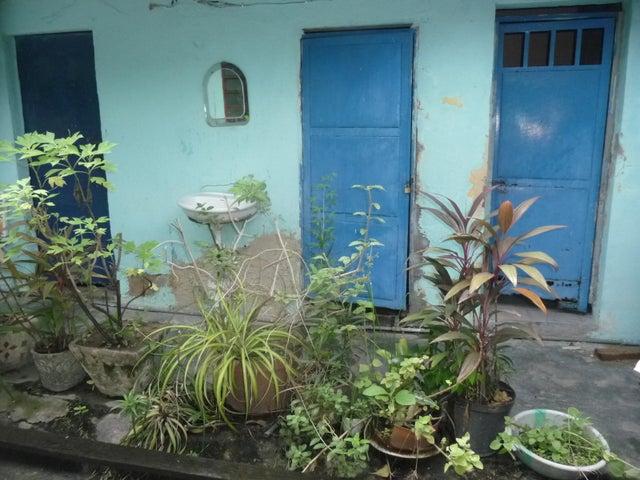 Casa En Venta En Maracay - Santa Rosa Código FLEX: 18-9032 No.11