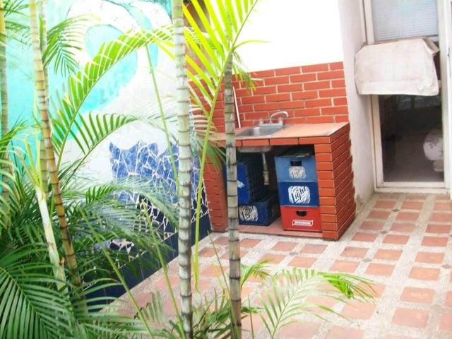 Casa En Venta En Cagua En Prados de la Encrucijada - Código: 18-9307