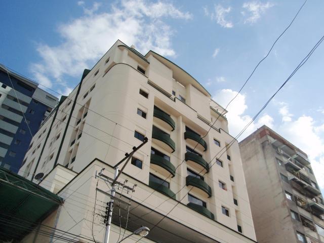 Apartamento En Venta En Maracay - El Centro Código FLEX: 18-9482 No.0