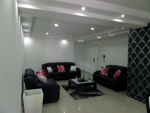 Apartamento En Venta En Maracay - El Centro Código FLEX: 18-9482 No.5