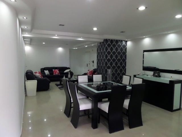 Apartamento En Venta En Maracay - El Centro Código FLEX: 18-9482 No.8