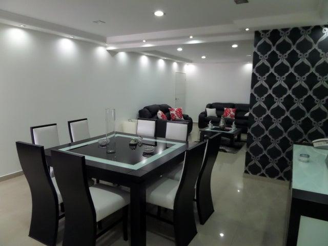 Apartamento En Venta En Maracay - El Centro Código FLEX: 18-9482 No.9