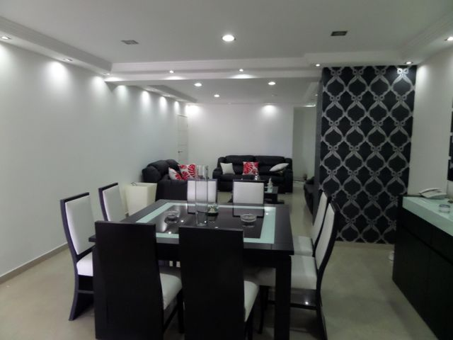 Apartamento En Venta En Maracay - El Centro Código FLEX: 18-9482 No.10