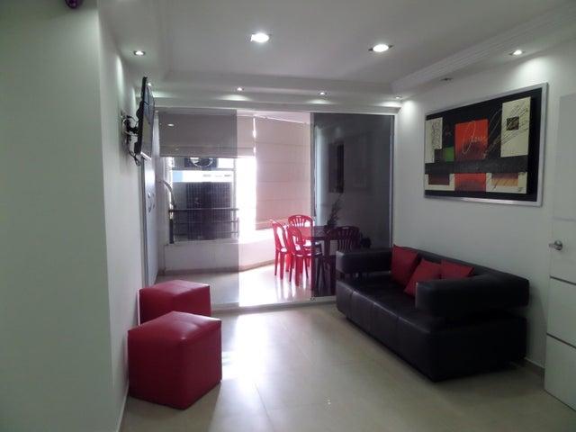 Apartamento En Venta En Maracay - El Centro Código FLEX: 18-9482 No.12