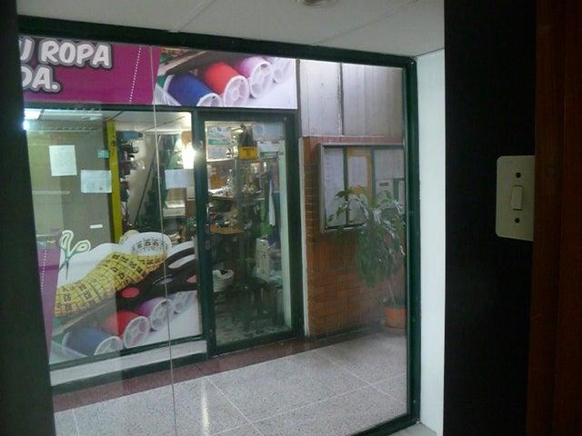 En Alquiler En Maracay - Las Delicias Código FLEX: 18-10140 No.9