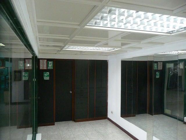 En Alquiler En Maracay - Las Delicias Código FLEX: 18-10140 No.11