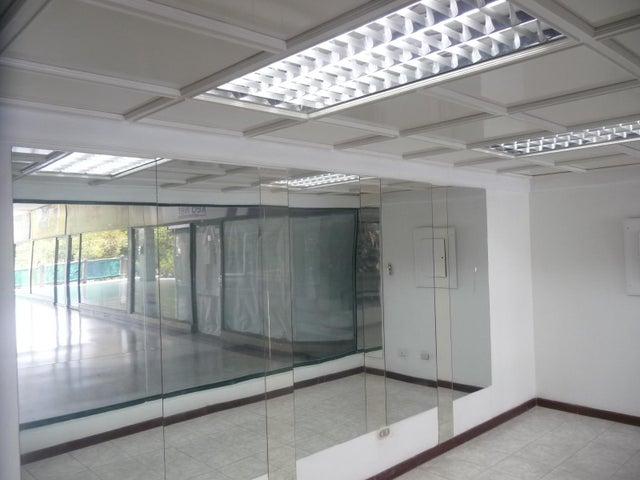 En Alquiler En Maracay - Las Delicias Código FLEX: 18-10140 No.13