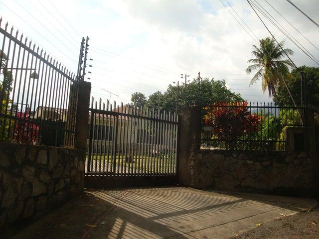 Casa En Venta En Maracay - El Limon Código FLEX: 18-10176 No.0