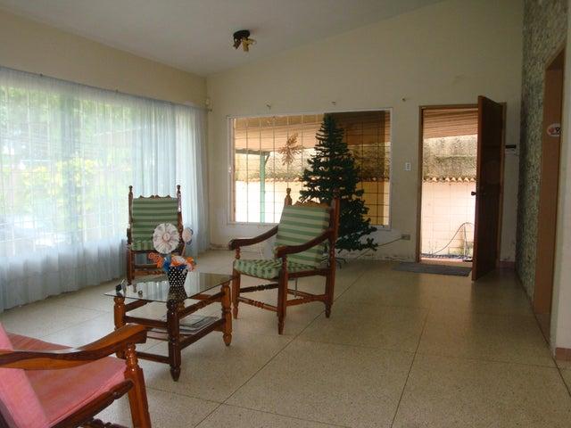 Casa En Venta En Maracay - El Limon Código FLEX: 18-10176 No.3