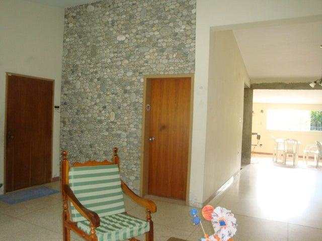 Casa En Venta En Maracay - El Limon Código FLEX: 18-10176 No.4