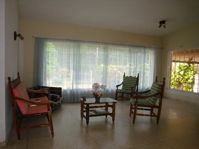 Casa En Venta En Maracay - El Limon Código FLEX: 18-10176 No.5