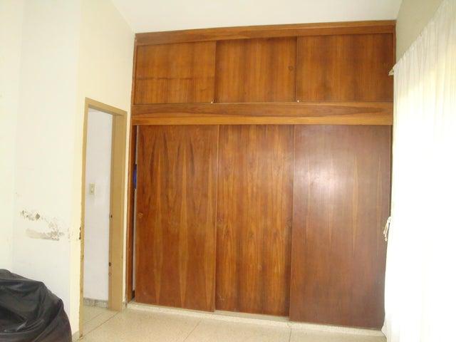 Casa En Venta En Maracay - El Limon Código FLEX: 18-10176 No.9
