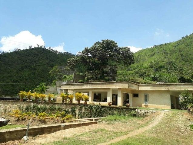 Casa en Venta en Lomas de Palmarito