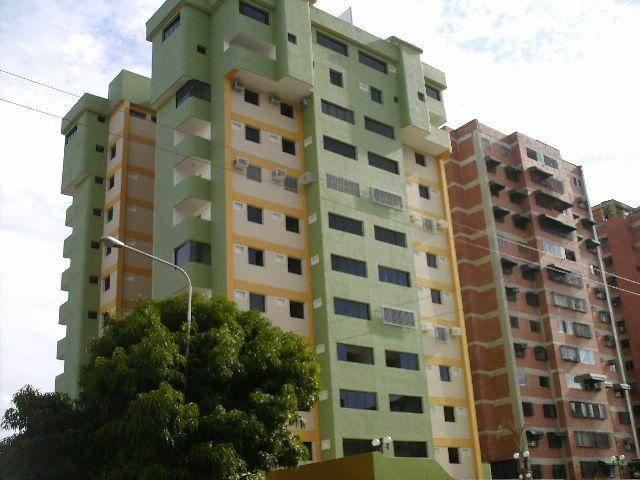 Apartamento En Venta En Maracay - Base Aragua Código FLEX: 18-10497 No.1
