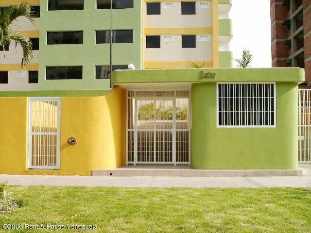Apartamento En Venta En Maracay - Base Aragua Código FLEX: 18-10497 No.2