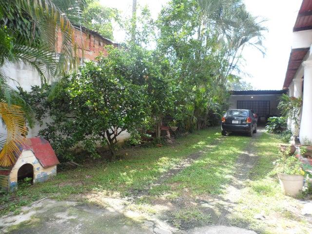 Casa En Venta En Maracay En El Limon - Código: 18-10613