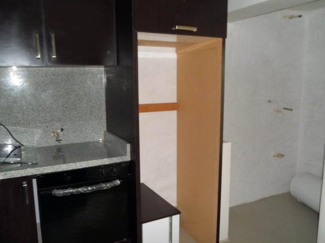 Apartamento En Venta En Maracay - Los Chaguaramos Código FLEX: 18-10655 No.11