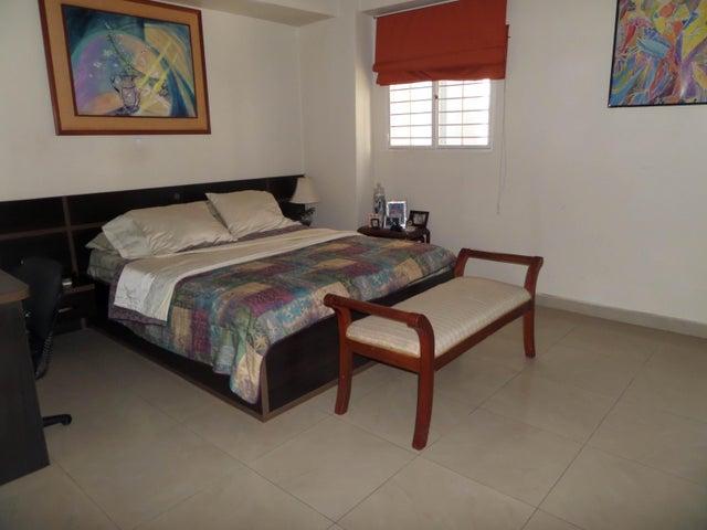 Apartamento En Venta En Maracay - San Jacinto Código FLEX: 18-10678 No.17