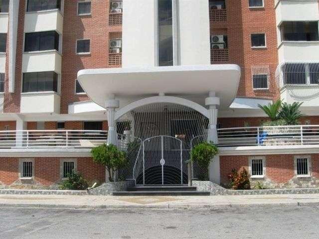 Apartamento En Venta En Maracay - Los Chaguaramos Código FLEX: 18-10681 No.1