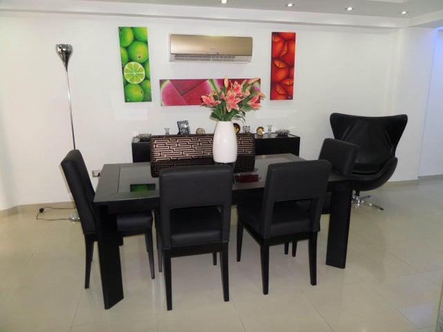 Apartamento En Venta En Maracay - Los Chaguaramos Código FLEX: 18-10681 No.10
