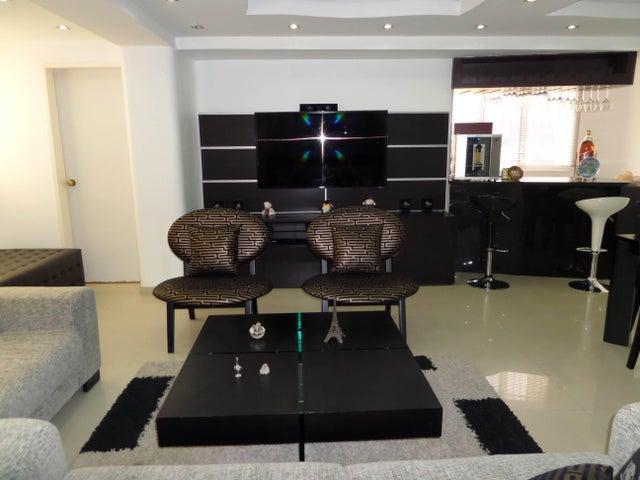Apartamento En Venta En Maracay - Los Chaguaramos Código FLEX: 18-10681 No.12