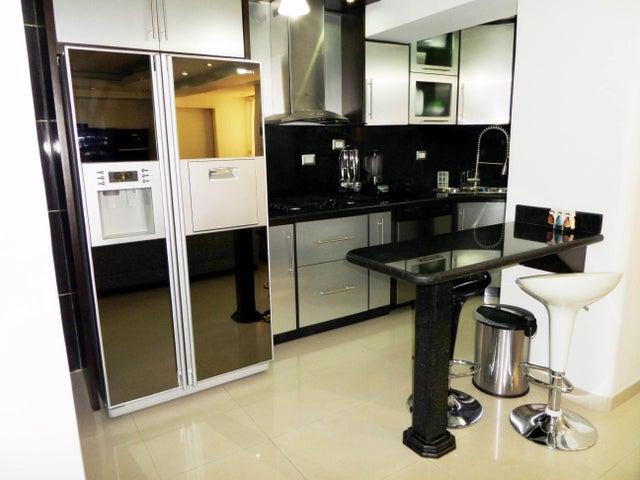Apartamento En Venta En Maracay - Los Chaguaramos Código FLEX: 18-10681 No.14
