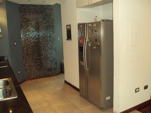 Apartamento En Venta En Maracay - La Soledad Código FLEX: 18-10685 No.11
