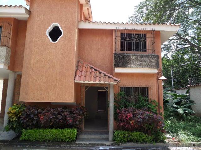 Townhouse En Venta En Maracay - Cantarana Código FLEX: 18-10692 No.4