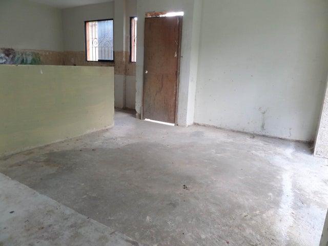 Townhouse En Venta En Maracay - Cantarana Código FLEX: 18-10692 No.9