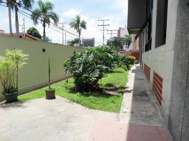 En Venta En Maracay - La Soledad Código FLEX: 18-10695 No.3