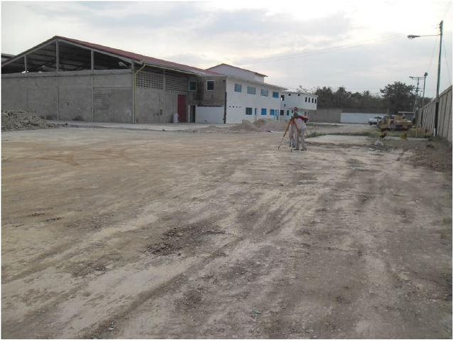 Industrial En Venta En Santa Cruz de Aragua - Zona Industrial San Crispin Código FLEX: 18-10698 No.1