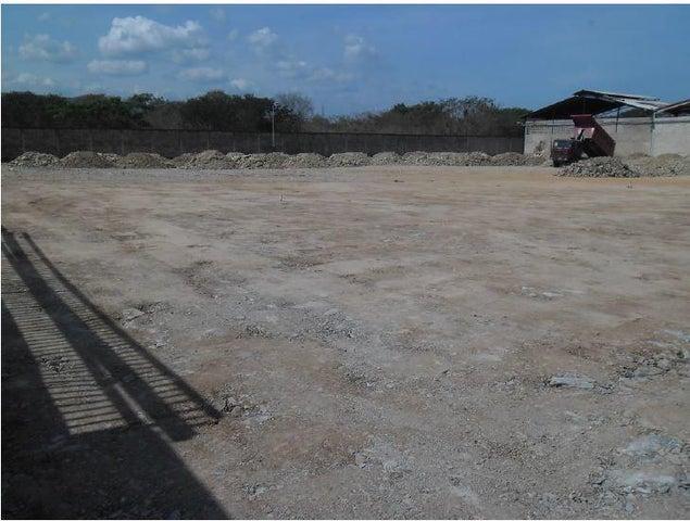 Industrial En Venta En Santa Cruz de Aragua - Zona Industrial San Crispin Código FLEX: 18-10698 No.2