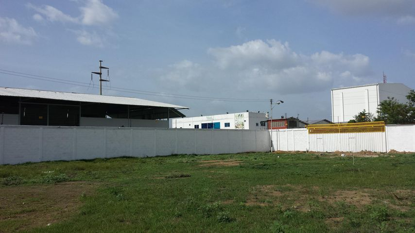 Industrial En Venta En Santa Cruz de Aragua - Zona Industrial San Crispin Código FLEX: 18-10698 No.14