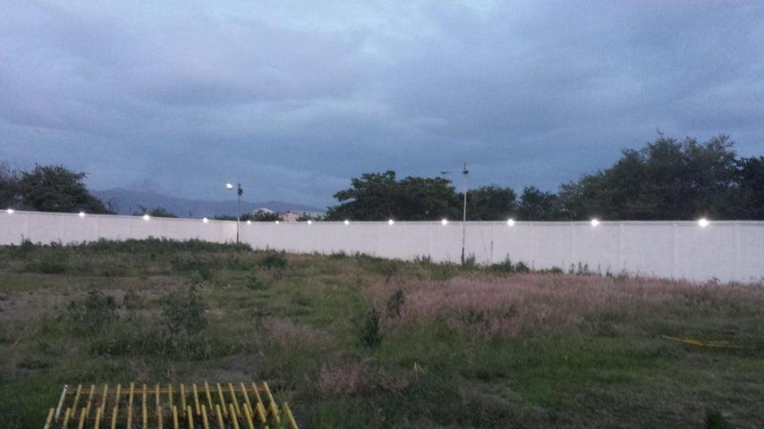 Industrial En Venta En Santa Cruz de Aragua - Zona Industrial San Crispin Código FLEX: 18-10698 No.16