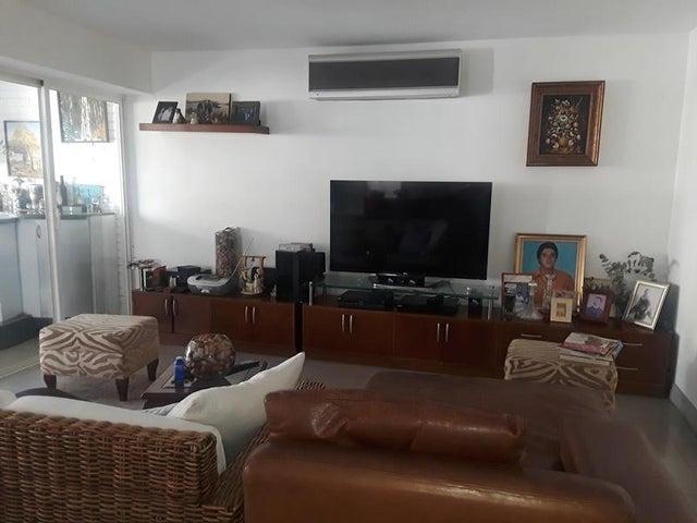 Apartamento En Venta En Caracas - Cumbres de Curumo Código FLEX: 18-10743 No.3