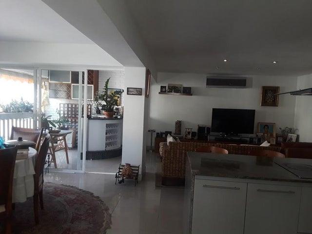 Apartamento En Venta En Caracas - Cumbres de Curumo Código FLEX: 18-10743 No.12