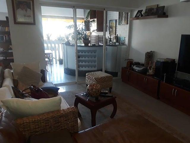 Apartamento En Venta En Caracas - Cumbres de Curumo Código FLEX: 18-10743 No.11