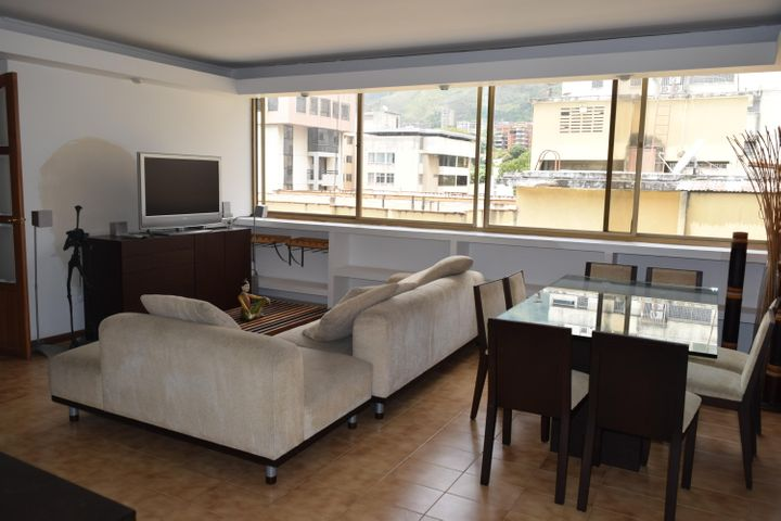 Apartamento En Venta En Caracas - Los Palos Grandes Código FLEX: 18-7361 No.9