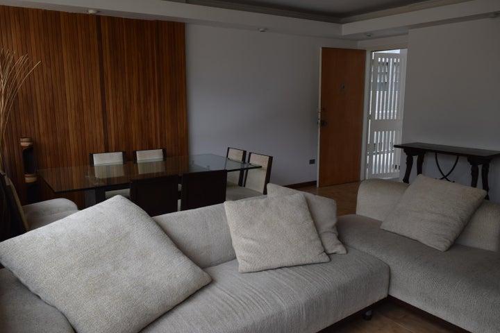 Apartamento En Venta En Caracas - Los Palos Grandes Código FLEX: 18-7361 No.10
