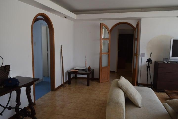 Apartamento En Venta En Caracas - Los Palos Grandes Código FLEX: 18-7361 No.12