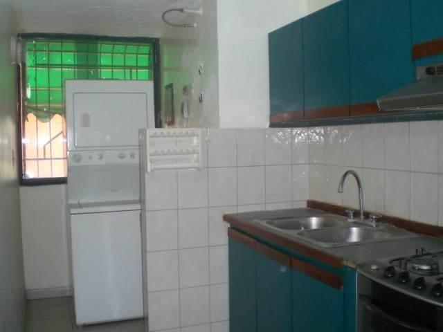 Apartamento En Venta En Maracay - Base Aragua Código FLEX: 18-2961 No.4