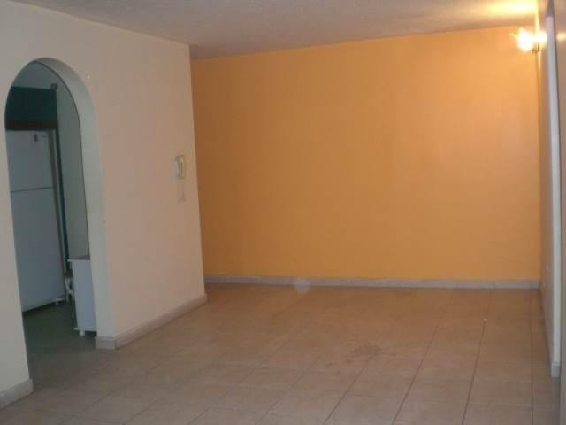Apartamento En Venta En Maracay - Base Aragua Código FLEX: 18-2961 No.2